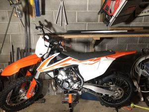 Clean 17' 250sx for Sale in Seattle, WA