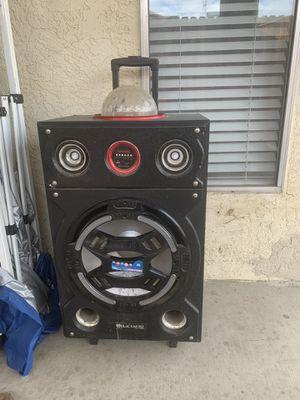 Bluetooth speaker for Sale in Bakersfield, CA