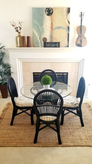 WICKER/RATTAN DINING TABLE W GLASS TOP AND 4 NEW UPHOLSTERED MATCHING CHAIRS for Sale in Chino Hills, CA