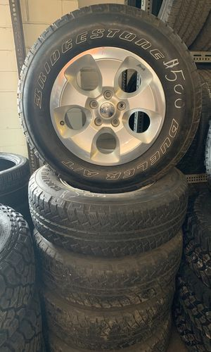 18 inch Jeep wrangler wheels for Sale in Columbus, OH