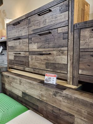 Dresser, Multi Gray for Sale in Fountain Valley, CA