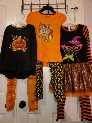3 Halloween outfits 7/8 and 7 for Sale in Gonzales, LA