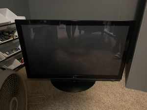 50 inch LG flat screen tv for Sale in Bonney Lake, WA