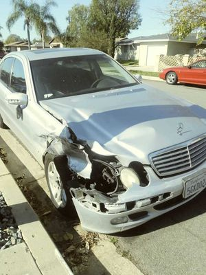 Mercedes Benz E320 to fix or for parts for Sale in Chula Vista, CA