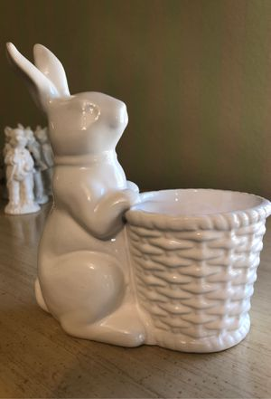 White porcelain Easter bunny for Sale in Claremont, CA