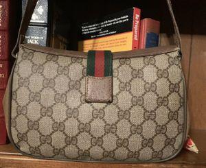 Gucci Crossbody for Sale in Hacienda Heights, CA