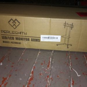 PERLE'SMITH LED/LCD MONITOR ARMS for Sale in Oklahoma City, OK