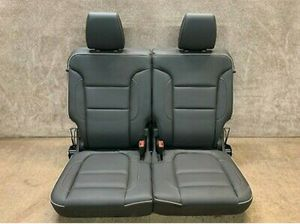 Acadia rear 3rd row leather seats GMC for Sale in Staten Island, NY