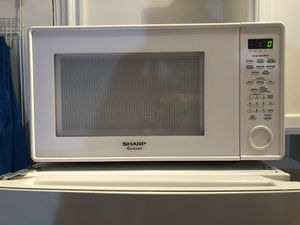 Large Sharp Microwave -Like New! for Sale in Norfolk, VA