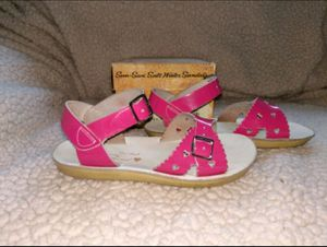 Dark Pink 11T Saltwater Hoy Girl's Leather Sandals for Sale in Antwerp, OH