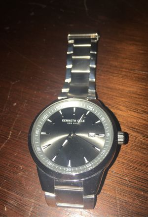 Kenneth Cole New York- silver watch for Sale in Kissimmee, FL