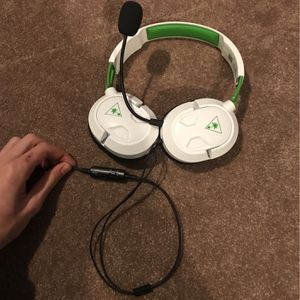Xbox one turtle Beach headset for Sale in Houston, TX