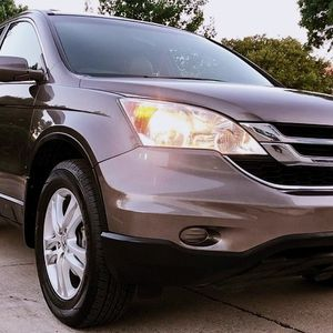 2010 HONDA CRV 2010 LOW MILES EXTRA CLEANED for Sale in Fresno, CA