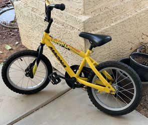"""Beautiful Kids Toddler Yellow Bike Bicycle 16"""" Barely Used for Sale in Peoria,  AZ"""