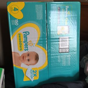 Size 4diapers for Sale in New Haven, CT