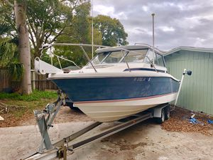 Pursuit 2460 Boat for Sale in Tampa, FL