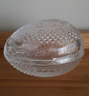 Avon Etched Crystal Mother's Day 1977 Glass Egg for Sale in Gaithersburg, MD