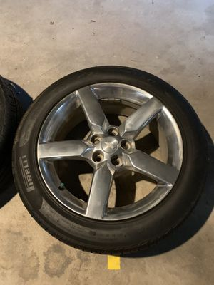 """19"""" rims & tires off my 2010 Camaro excellent shape tires have 75% tread make me an offer for Sale in Quincy, IL"""