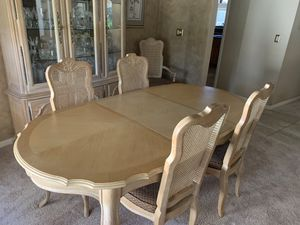 Dining set for Sale in Palm Harbor, FL