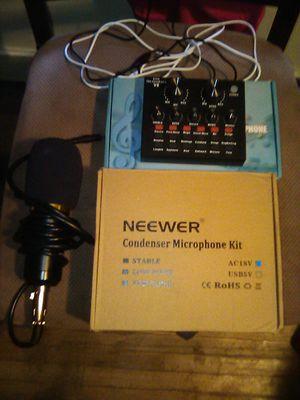 Studio kit (sound breaker foam included for Sale in Grand Island, NY