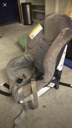 Car seat rear facing excellent condition lightly used for Sale in Fowler, OH