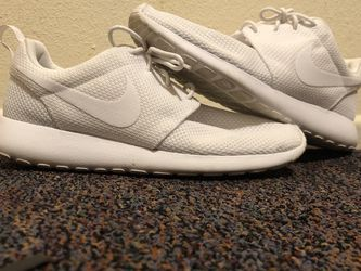 Nike Roshe's Size 9 ,no Box for Sale in Vancouver,  WA