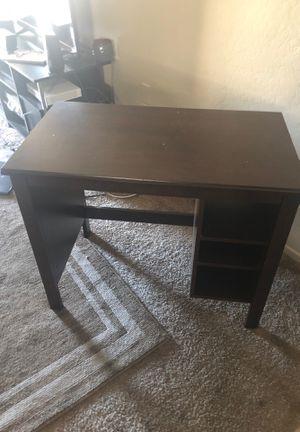 Small desk for Sale in Phoenix, AZ