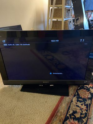 Sony Bravio smart TV 32 inches for Sale in College Park, MD