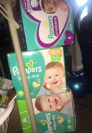Baby pamper diapers for Sale in Grosse Pointe Shores, MI
