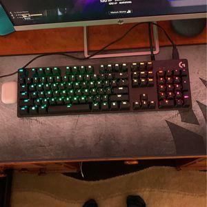 Keyboard And Mouse RGB Lights On Both for Sale in Irvine, CA