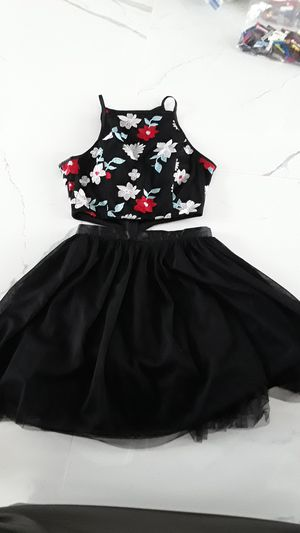 TWO2-PIECE HOMECOMING/PROM DRESS for Sale in Enumclaw, WA