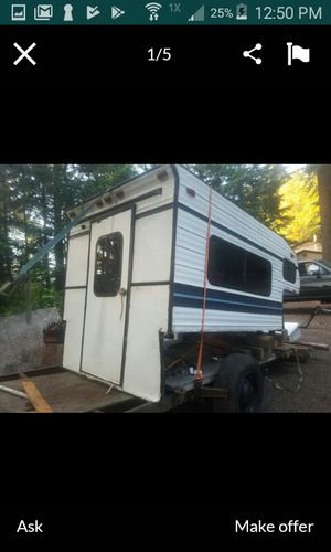 In bed camper shell ... no room need gone for Sale in La Center, WA
