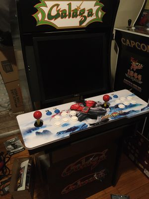 Custom arcade cabinets w/ 3000+ games. Built to order w/ options for different customization. for Sale in Cleveland, OH