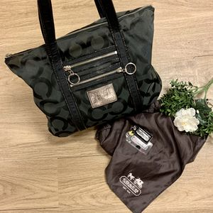 Vintage COACH bag for Sale in Saugus, MA
