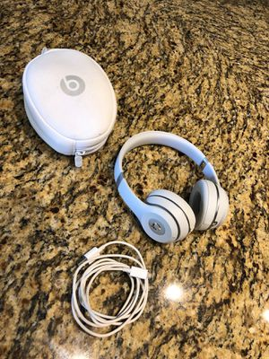 Beats Solo 3 wireless headphones for Sale in Kingwood, TX