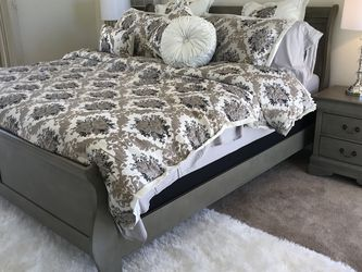 ALMOST GONE New King or Queen grey bedroom set. Cal or eastern. New Sleigh Bed, dresser, mirror, & NS. $500Q. $650 King Set Must sell can deliver for Sale in Chino,  CA