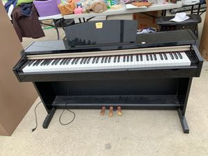 Yamaha Clavinova keyboard Piano for Sale in Lompoc, CA