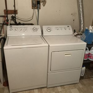 Kenmore large capacity washer and dryer for Sale in Oxon Hill, MD