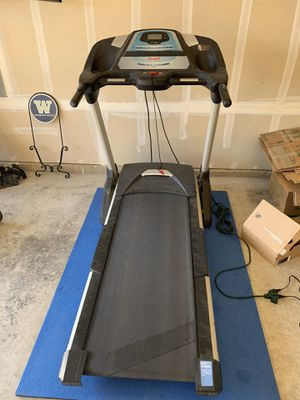 Fuel FT94 treadmill for Sale in Puyallup, WA