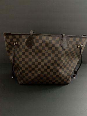 Louie Vuitton Neverfull MM Bag for Sale in Munhall, PA