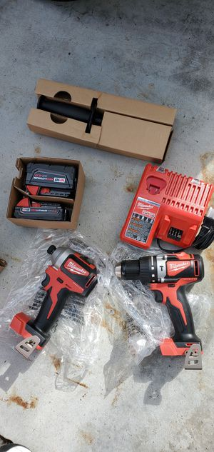 Milwaukee brushless drill set for Sale in Los Angeles, CA