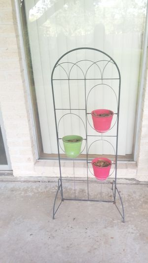 With 3 pots Plant stand for Sale in Katy, TX