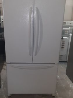 Refrigerator Kenmore Water And Ice Maker Inside Good Condition 3 Months warranty Delivery And Install for Sale in San Leandro,  CA