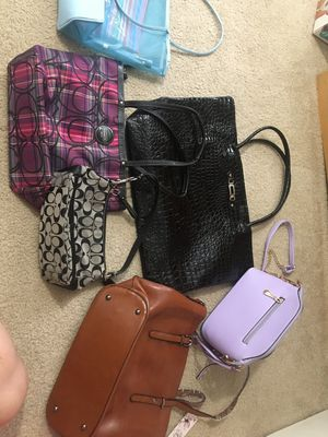 5 bags at $ 25 for Sale in Auburn, WA
