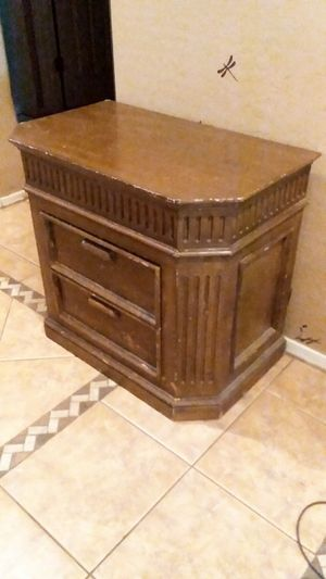 ANTIQUE 2 DRAWER TABLE for Sale in Laveen Village, AZ