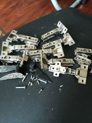 Kitchen cabinet hinges for Sale in Fairfield, CA
