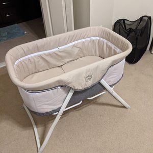 Baby Joy Rocking Bassinet for Sale in Sterling, VA