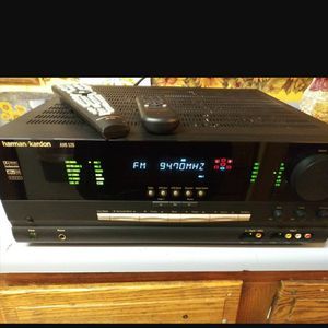 Harman Kardon Stereo receiver & 2 remotes. #AVR 520 for Sale in Madison Heights, MI