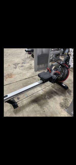 Life fitness water rowing machine gx trainer for Sale in Chandler, AZ