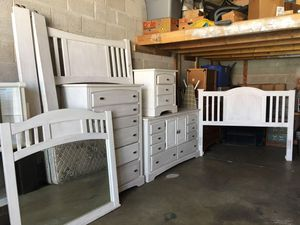 Shabby Chic bedroom set for Sale in West Valley City, UT